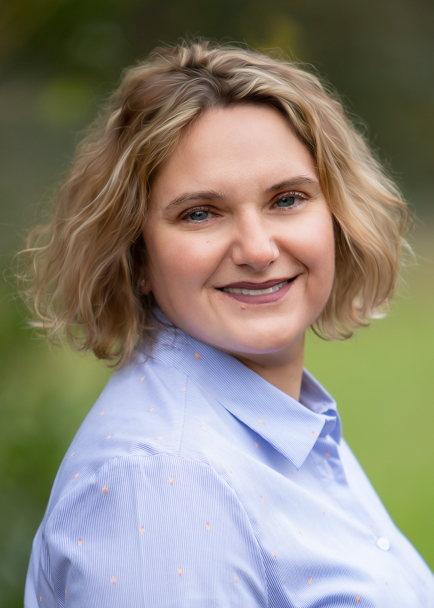 Sian Faire from Sian Faire Virtual Assistant Services, Headshots, Commercial Photographer,